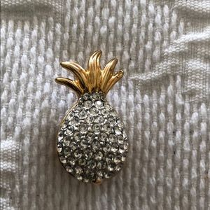 Jewelry - Crystal Pineapple Pin